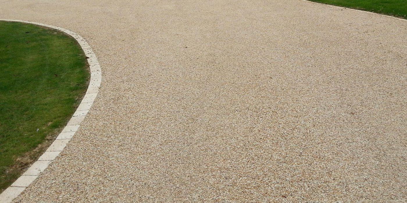 Graviers Pour Allées Carrossables le béton désactivé : l'atout déco pour votre extérieur paysager